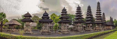 Traditional balinese hindu Temple Taman Ayun in Mengwi. Bali, Indonesia 免版税图像