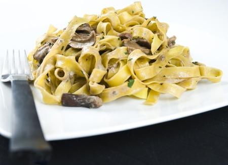 porcini: Tagliatelle ai funghi porcini, Tagliatelle with mushrooms