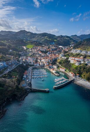 Port of Mutriku aerial view, Gipuzkoa, Basque Country Standard-Bild