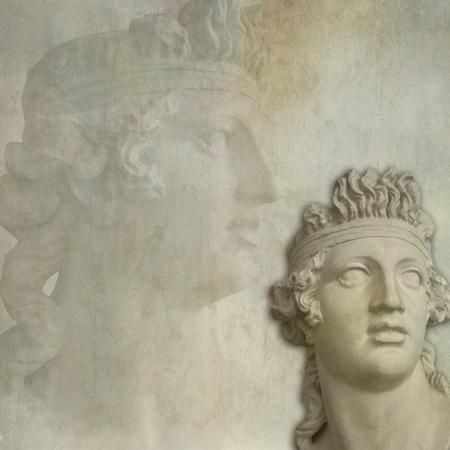 vejez: La vejez con una escultura cl�sica de la textura del grunge