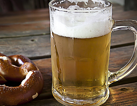 prosit: More than of food, beer and pretzel are the symbol of Bavarian way of life, a pause, a snack, a moment shared with friends in a beer garden or at Oktoberfest.