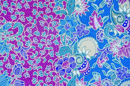 Patroon voor traditionele kleding omvatten batik
