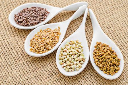 fenugreek: fenugreek seeds, bukwheat seeds, gold linseeds and brown linseeds.