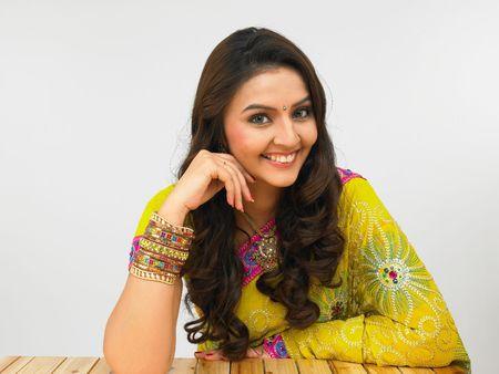 sari: asi�tico una mujer mirando a la c�mara