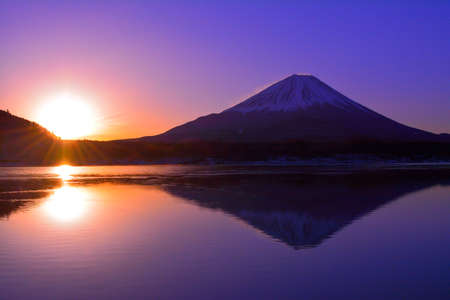 Mt.Fuji of Sunrise from Lake Motosu Japan 01 / 26 / 2018