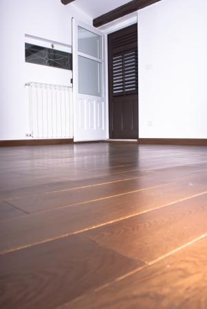 Room with hardwood floors photo