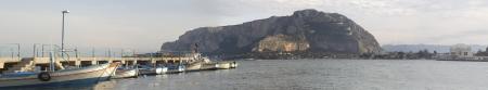 mondello: Panorama vista del porto di Mondello