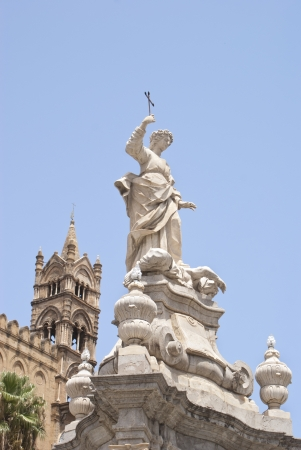 santa rosalia: Statue of Santa Rosalia next to the cathedral of Palermo. Sicily, Italy