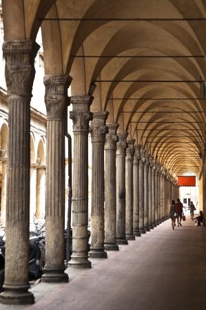 Un portico antico di Bologna. Italia Archivio Fotografico - 19087489