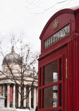 Traditional London symbol red public phone box and in the background the national gallery Stock Photo - 20922289