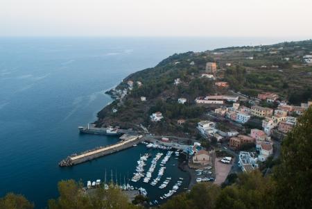 Bella vista di Isola di Ustica, Sicilia Archivio Fotografico - 21170932