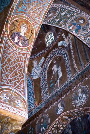 cappella: PALERMO, ITALY- MARCH,25-2012: Mosaics from Cappella Palatina. The Palatine Chapel in the Normans Palace.Palatine Chapel in Norman palace in style of Byzantine architecture from years 1132 - 1170 Editorial