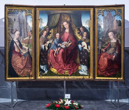 triptych: POLIZZI GENEROSA, ITALY-DECEMBER 25, 2015: Flemish triptych in the main church in Polizzi Generosa.It is attributed to Rogier van der Weyden, one of the masters of Flemish painting in the 15th century Editorial