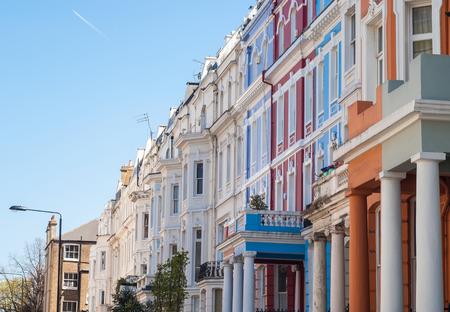 Notting Hill case colorate a Portobello, a ovest di Londra, Regno Unito Archivio Fotografico