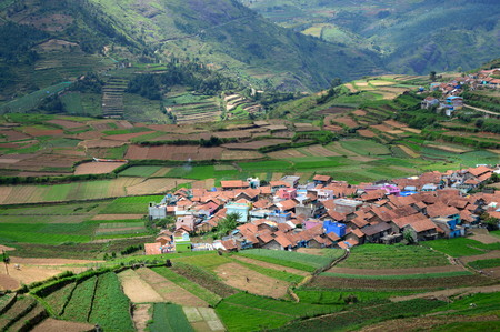 The picturesque Poombarai village in Kodaikanal Stock Photo