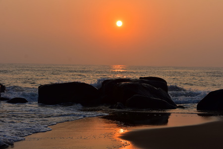 Chennai, Tamilnadu, India: Febrauary 15, 2019 - Sunrise at Kovalam Beach in Chennai