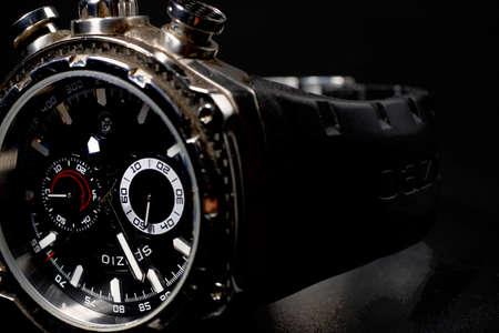 cron�grafo: Reloj del hombre de estilo moderno
