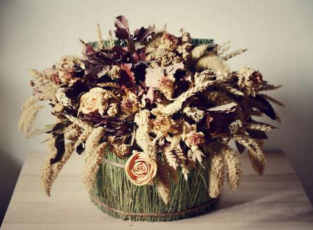 flores secas: composición de flores secas