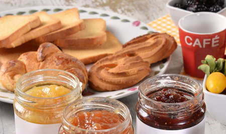 home made: jars of jam, home made marrmalade made in italy