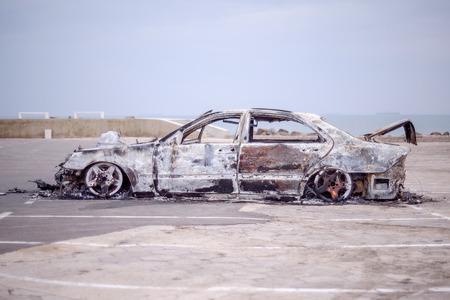 Quemado el coche 8