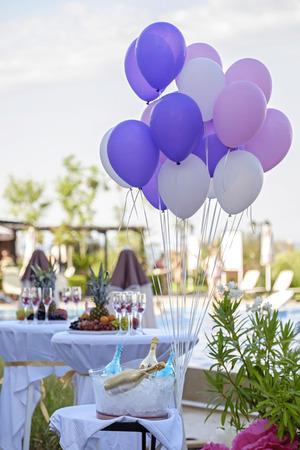 Birthday decoration in restaurant Stock Photo - 91377185