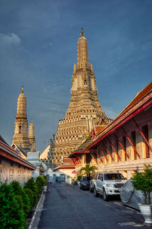 wat arun tempel bangkok Thailand, place of buddhism
