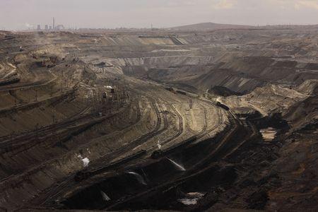 carbone: Aperto-taglio di carbone miniera - il motore a vapore locomotivo