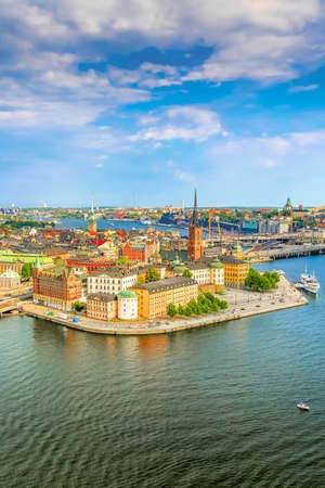 Gamla Stan, the old part of Stockholm in a sunny summer day, Sweden. Aerial view from Stockholm City hall Stadshuset Banco de Imagens
