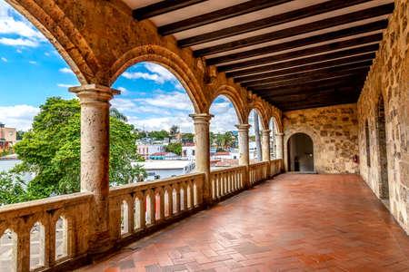 Diego Columbus palace in Santo Domingo, Dominican Republic. Imagens