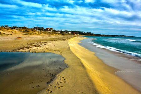 The beaches of Puglia 版權商用圖片 - 93938033