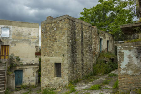ghost town of alianello