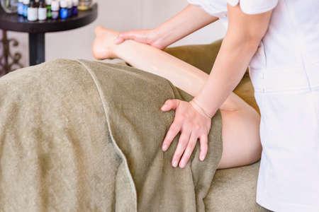 A woman doing a massage taken at an esthetic salon 스톡 콘텐츠