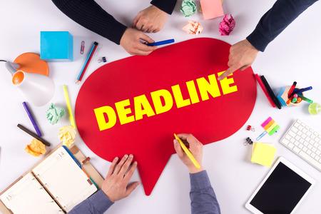 deadline: TEAMWORK BUSINESS BRAINSTORM DEADLINE CONCEPT