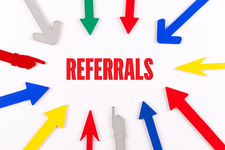 referidos: Colorful Arrows Showing to Center with a word REFERRALS