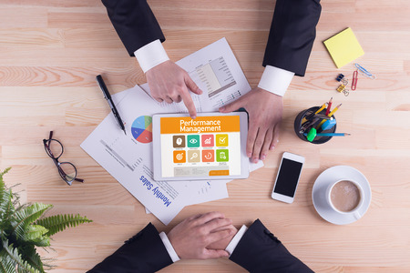 intervenes: Performance Management screen on the tablet pc Stock Photo