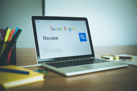 review: Search Engine Concept: Searching REVIEW on Internet
