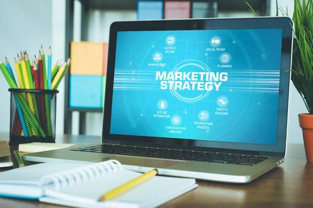 4p: MARKETING STRATEGY chart with keywords and icons on screen