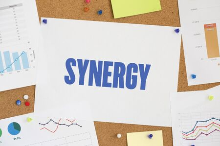 concurrence: CHART BUSINESS GRAPH RESULT COMPANY SYNERGY CONCEPT