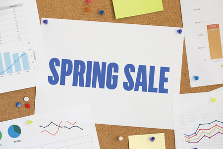 gift spending: CHART BUSINESS GRAPH RESULT COMPANY SPRING SALE CONCEPT