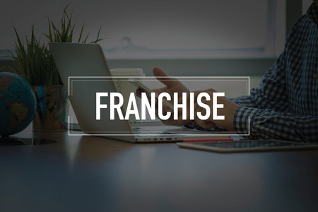 franchising: PEOPLE USING SMARTPHONE COMMUNICATION TECHNOLOGY  FRANCHISE OFFICE CONCEPT