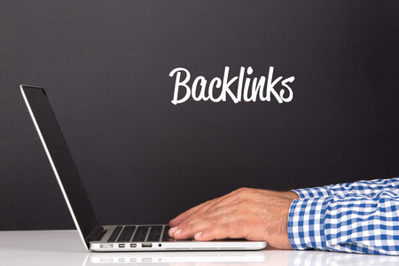 linkbuilding: WORKING OFFICE COMMUNICATION PEOPLE USING COMPUTER BACKLINKS CONCEPT