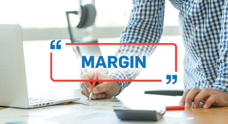 margen: BUSINESS WORKING OFFICE BUSINESSMAN MARGIN CONCEPT Foto de archivo
