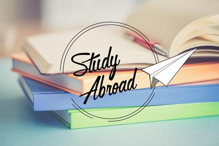 ONDERWIJS COMMUNICATIE school afstuderen studie in het buitenland CONCEPT Stockfoto