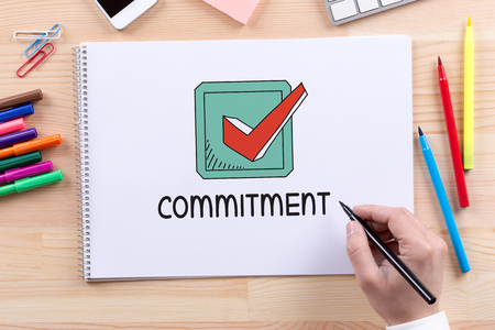 obligate: BUSINESS LEADERSHIP COMMITMENT CONCEPT Stock Photo