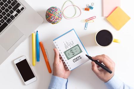 BUSINESS FINANCE COÛTS CONCEPT