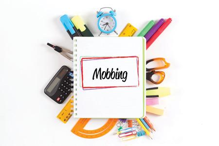 Koncepcja MOBBING Zdjęcie Seryjne