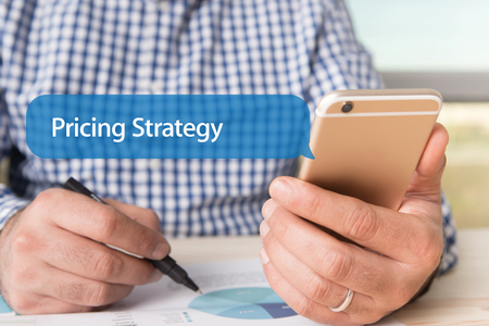 pricing: COMMUNICATION TECHNOLOGY CONCEPT: PRICING STRATEGY WORD ON CHAT BUBBLE
