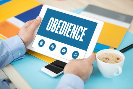 obediencia: OBEDIENCIA PANTALLA DE CONCEPTO
