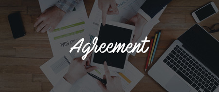 technology agreement: TECHNOLOGY INTERNET TEAMWORK AGREEMENT CONCEPT Stock Photo