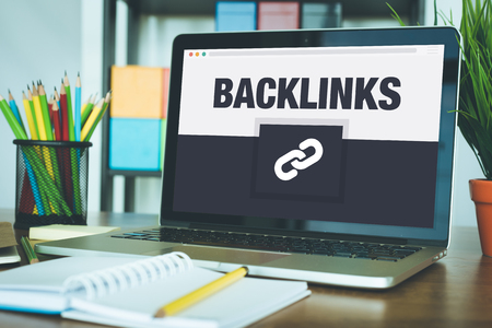 Backlinks Icon Concept op Laptop het Scherm